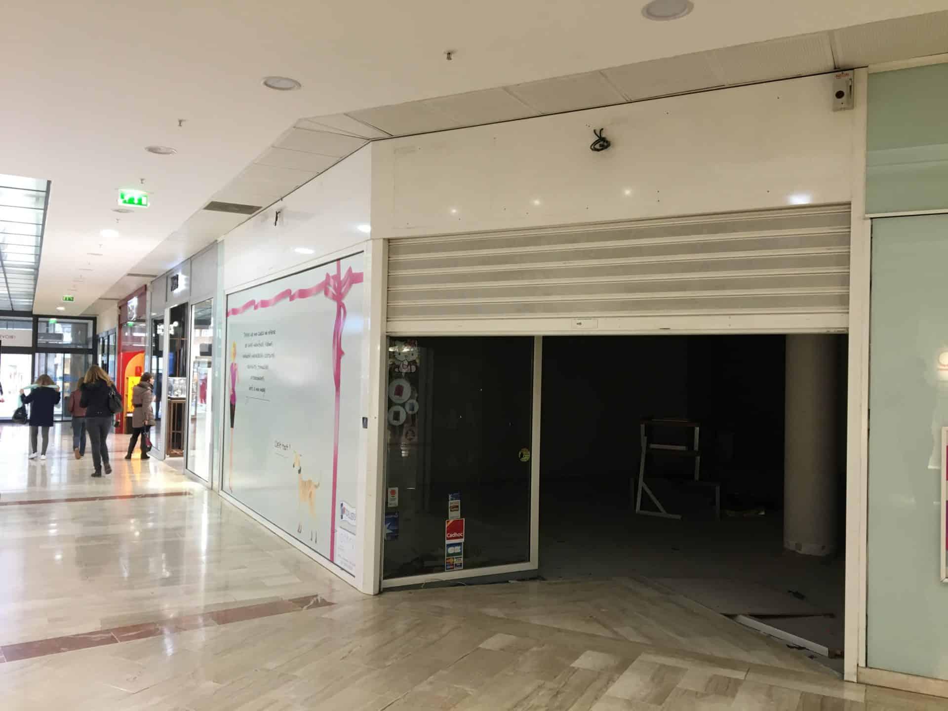 Agencement de boutique dans galerie commerciale