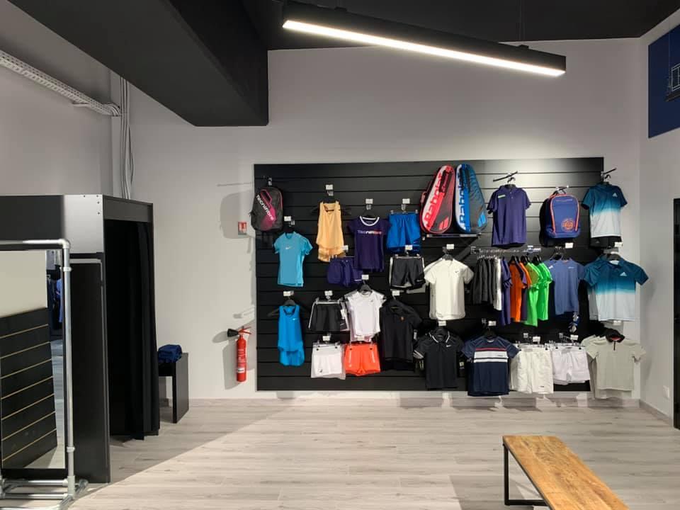 Agencement commercial vêtements